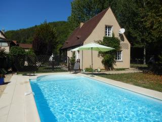 Lovely 3 bedroom Daglan House with Internet Access - Daglan vacation rentals