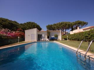 Villa Girasol 4 bedroom Vilamoura - Quarteira vacation rentals