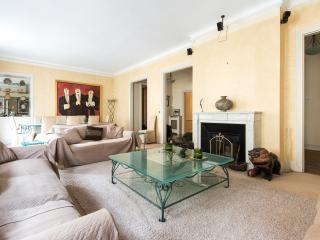 onefinestay - Avenue Paul Doumer III apartment - Paris vacation rentals