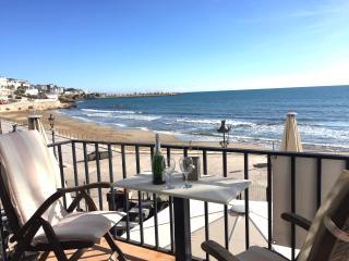APARTMENT ALEGRIA - Beach Front - Sitges vacation rentals