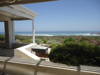 Adorable 4 bedroom Vacation Rental in Yzerfontein - Yzerfontein vacation rentals