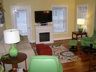 Lovely Condo with Internet Access and A/C - Traverse City vacation rentals