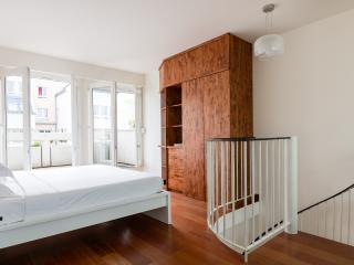 onefinestay - Rue Bernard de Clairvaux apartment - Paris vacation rentals