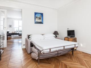 onefinestay - Rue d'Amsterdam private home - Paris vacation rentals