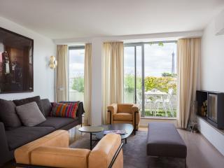 onefinestay - Rue de Boulainvilliers II apartment - Paris vacation rentals