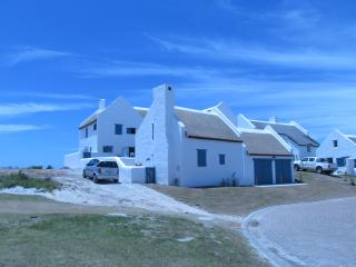 Nice House with Satellite Or Cable TV and Television - Struisbaai vacation rentals