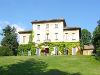 Nice 7 bedroom Varese Villa with Internet Access - Varese vacation rentals