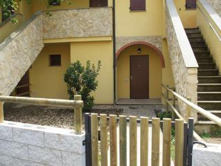 Nice House with A/C and Parking - Catabbio vacation rentals