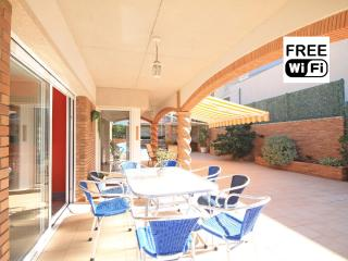 Villa for rent  with pool at 450 m from the beach - L'Escala vacation rentals