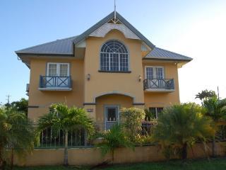 Beautiful Villa, Great Location - Bon Accord vacation rentals