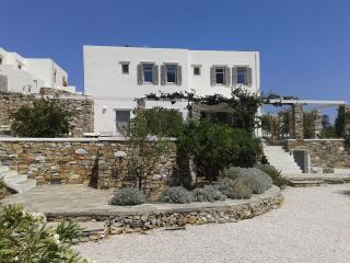 FAMILY VILLA AT THE HEART OF SIFNOS LIVELY CAPITAL - Sifnos vacation rentals