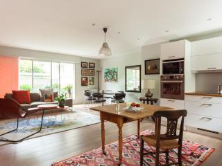 onefinestay - Rue de Vaugirard V apartment - Paris vacation rentals
