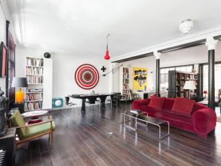 One Fine Stay - Rue des Filles du Calvaire apartment - Paris vacation rentals
