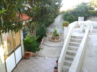 Villetta con veranda vicino al mare - Lampedusa vacation rentals