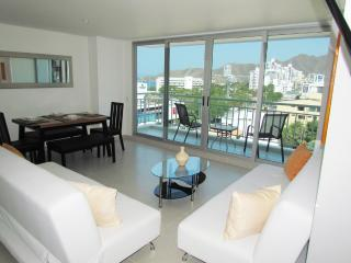 Apartamentos Comfort - SMR261A - Santa Marta vacation rentals