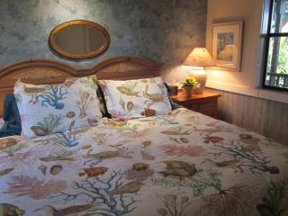 Romantic 1 bedroom B&B in Seattle - Seattle vacation rentals
