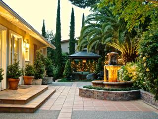 Large and luxurious Tuscan-style villa - San Rafael vacation rentals
