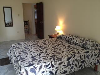 Nice 1 bedroom Apartment in Sandy Bay - Sandy Bay vacation rentals