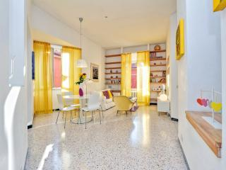 Cozy, bright apartment in front of Vatican - Rome vacation rentals