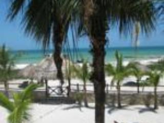 Beach front apartment, ocean view direct on beach - Holbox Island vacation rentals