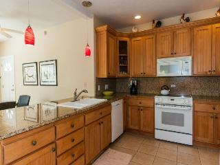 Regency 810 Central A/C condo in the heart of Poipu a short walk to beaches, Pool, hottub, bbq. Free car with stays 7 nts or more* - Poipu vacation rentals