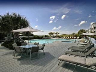 Beautiful 3 bedroom Apartment in Salter Path - Salter Path vacation rentals