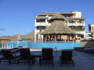 Comfortable Condo with Hot Tub and Television - Cabo San Lucas vacation rentals