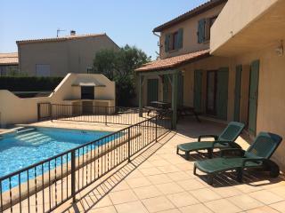 Vive Corbieres: Spacious villa in peaceful village - Saint-Jean-de-Barrou vacation rentals