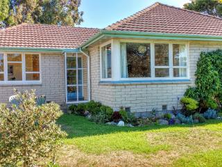 Seva Cottage ~ Comfortable Family Home - Christchurch vacation rentals