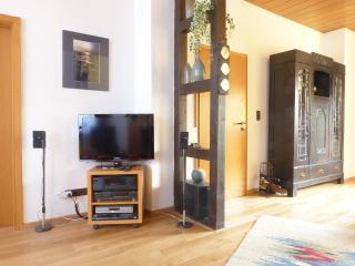 Vacation Apartment in Solingen - 807 sqft, new, quiet, central (# 5122) - Solingen vacation rentals