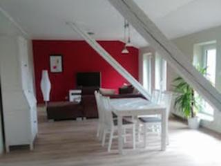 Vacation Apartment in Prüm - 1076 sqft, petting animals (horses), high-quality furnishings (# 9377) - Orlenbach vacation rentals