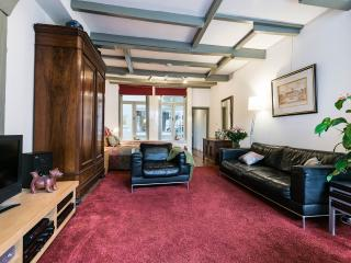 "Amsterdam Canal Apartment ""Canal View"" - Amsterdam vacation rentals"