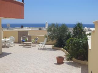 Stupenda villa con balcone vista mare - Torre Pali vacation rentals