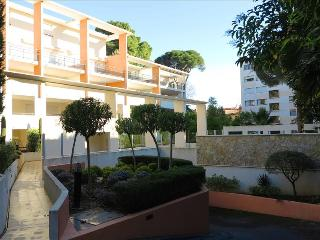 Viva Riviera - 14 Avenue Isola Bella - Cannes vacation rentals