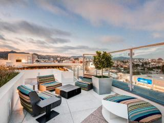 SOHO Style WEHO Twist // up to 5 - West Hollywood vacation rentals