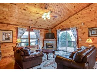 "Ridge View Cabin ""Home Away From Home"" 2.7 miles from TIEC - Tryon vacation rentals"