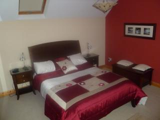 Holiday home 0.5 miles from centre of belmullet - Belmullet vacation rentals