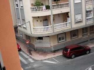 Piso en alquiler en la tercera línea del mar - Torrevieja vacation rentals