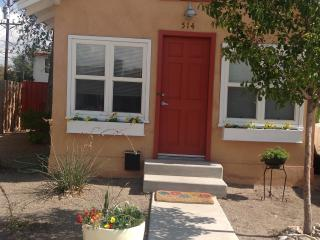 Cozy Cottage near Zoo, Downtown, & Old Town - Albuquerque vacation rentals