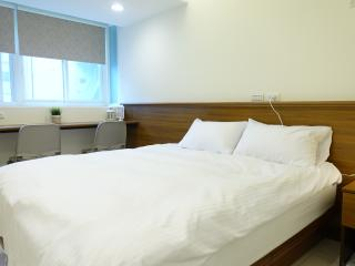 07 3 min. to Zhongxiao Fuxing MRT。Newly renovated - Taipei vacation rentals