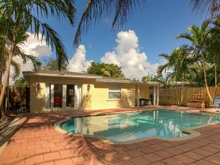 Lovely House  With Pool 3 bedrooms 2 Bathrooms - Oakland Park vacation rentals