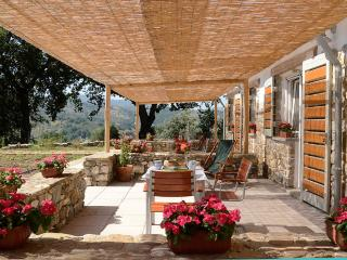 Kepazia Guest House Paestum Stanza n° 3 Cerza - Giungano vacation rentals