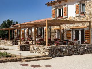 Kepazia Guest House Paestum Stanza n 2 Romantica - Giungano vacation rentals