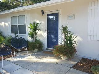 Palm House: Quick Walk to Most Beautiful Beaches - Laguna Beach vacation rentals