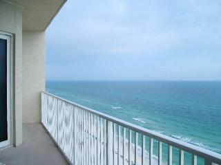 Beachfront. Sleeps 8. Last Minute Special for April Rates!! - Panama City Beach vacation rentals