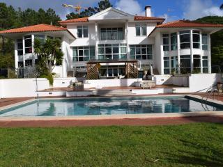 Portuguese Mansion spectacuiar Lagoon views - Foz do Arelho vacation rentals