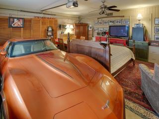Corvette Cove Route 66  Inn bedroom Scottsdale - Scottsdale vacation rentals