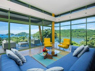 Direct Ocean Access, Staff - Gulf of Papagayo vacation rentals