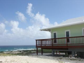 Romantic 1 bedroom Long Island Villa with Internet Access - Long Island vacation rentals