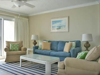 Perfect 2 bedroom Miramar Beach Apartment with Waterfront - Miramar Beach vacation rentals